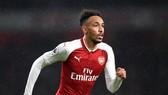 Aubameyang trở lại cùng Petr Cech và Ramsey, giúp Arsenal tìm kiếm chiến thắng trận derby