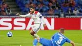 Đội trưởng Nabil Fekir mở tỷ số ở phút 19.