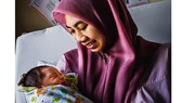 Malaysia loại bỏ thành công lây truyền HIV từ mẹ sang con