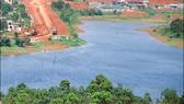 Do nguồn nước ngầm bị cạn kiệt nên nhiều hồ trữ nước trên địa bàn tỉnh Đắk Nông đang cạn dần