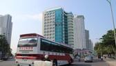 """Khách sạn tại Nha Trang thường trong tình trạng """"cháy phòng"""" khi khách Trung Quốc tăng mạnh. Ảnh: KỲ NAM"""