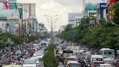 Các tuyến đường gần sân bay Tân Sơn Nhất cũng thường xuyên lâm vào cảnh ùn ứ.