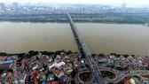 Vì sao không nên làm cáp treo vượt sông Hồng