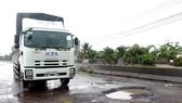 Mặt QL1 qua Bình Định chi chít ổ gà, ổ voi sau những ngày mưa