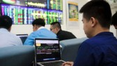 Đón tin tốt cuộc chiến thương mại, VN Index tăng 25 điểm
