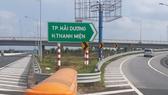Lắp đặt bổ sung biển chỉ dẫn tại nút giao đường cao tốc