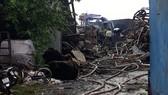 Nhà xưởng đổ nát sau vụ cháy