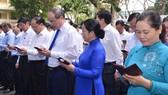 Lãnh đạo Thành ủy TPHCM nhắn tin ủng hộ người nghèo