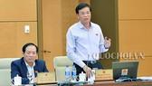 Tổng Thư ký Quốc hội Nguyễn Hạnh Phúc báo cáo về việc chuẩn bị kỳ họp thứ 5
