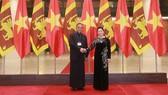 Chủ tịch Quốc hội Nguyễn Thị Kim Ngân đã chủ trì lễ đón chính thức Chủ tịch Quốc hội Sri Lanka. Nguồn: VOV