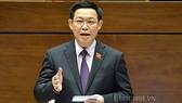 Phó Thủ tướng Vương Đình Huệ tại một phiên chất vấn của Quốc hội