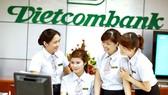 Từ ngày 1-3, Vietcombank bắt đầu thu phí quản lý tài khoản 2.000 đồng/tháng nhưng vẫn là mức phí thấp nhất thị trường
