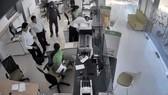 Một vụ cướp ngân hàng trước đó. Ảnh: P.B