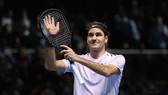Roger Federer giành trận thắng thứ 50 trong mùa