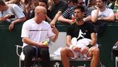Agassi đã chia tay Djokovic sau chưa đầy 1 năm gắn kết