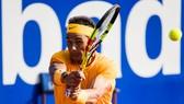 Rafael Nadal tiếp tục thống trị mặt sân đất nện mùa này