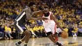 NBA 2017-2018: Thắng nghẹt thở Warriors, Houston gỡ hòa 2-2
