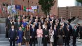 二十國集團領導人及配偶集體合影。(圖片來源:互聯網)