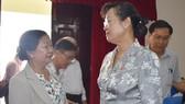 市人民議會主席阮氏決心與 選民接觸。