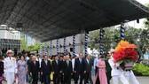 市委書記阮善仁率領市領導、幹部代表團出席儀式。