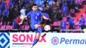 在比賽中連進6球 的泰國球星。
