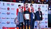 Hồng Ngọc (ngoài cùng bên trái hàng sau) đã có suất Olympic trẻ 2018. Nguồn: AIBA