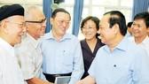 Tiếp xúc cử tri quận 5, Bí thư Thành ủy TPHCM Lê Thanh Hải: Định mức nước phải tính theo đầu người