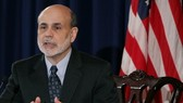 Fed freezes policy despite slow US economy