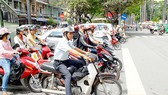 Nhìn lại tháng An toàn giao thông 2011: Vẫn chưa tiếp cận hết nhóm đối tượng chính