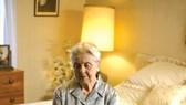 Chứng tiểu đêm nhiều lần ở người cao tuổi và cách khắc phục