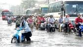 Chống ngập nước cho khu vực TPHCM - Cần nhiều giải pháp tổng hợp
