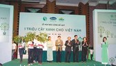 """Vinamilk phát động """"Quỹ 1 triệu cây xanh cho Việt Nam"""""""