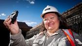 Người phụ nữ giàu nhất thế giới là tỷ phú khai mỏ Australia