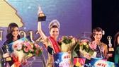 Diệu Hân đăng quang Hoa hậu Đông Nam Á 2012