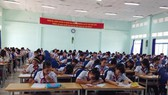 """Cuộc thi """"Prudential - Văn hay chữ tốt"""" cấp quận/huyện: 349 học sinh tham gia"""
