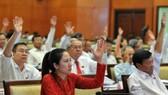 Bế mạc kỳ họp thứ 16 HĐND TPHCM khóa VIII: Tập trung giải pháp giải quyết các vấn đề quốc kế, dân sinh