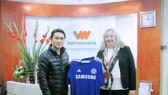 Vietnamobile tặng khách hàng áo thi đấu của CLB Chelsea