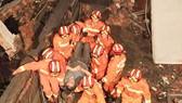 Trung Quốc: Sập nhà máy đóng giày, 12 người chết