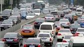 Nhập khẩu và tiêu thụ ô tô tăng mạnh