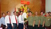 Lãnh đạo TPHCM thăm, chúc mừng các đơn vị công an