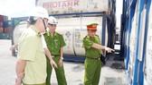 Kiểm tra công tác đảm bảo an toàn PCCC hóa chất tại cảng Cát Lái