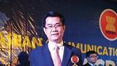 """C.P. Việt Nam nhận giải thưởng """"Doanh nhân - Doanh nghiệp xuất sắc Asean"""" 2015"""