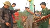 Tàu nước ngoài phá ngư cụ của ngư dân Quảng Trị