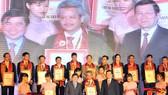 Tôn vinh 20 năm chương trình hàng Việt Nam chất lượng cao