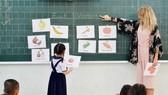 Từ năm 2018, học sinh từ lớp 3 đến lớp 5 học tiếng Anh 4 tiết/tuần