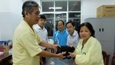 Trả lại tài sản, giấy tờ quan trọng cho nạn nhân vụ chìm tàu ở Đà Nẵng