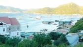 Làng tỷ phú trên đảo Bình Ba