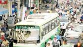 Nghịch lý xe buýt to - đường hẹp