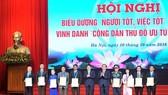 Hà Nội vinh danh công dân Thủ đô ưu tú năm 2016