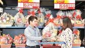 MM Mega Market tung ra thị trường 33 mẫu giỏ quà Tết sang trọng